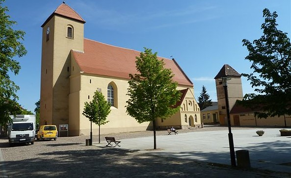 Außenansicht  St. Laurentius Rheinsberg