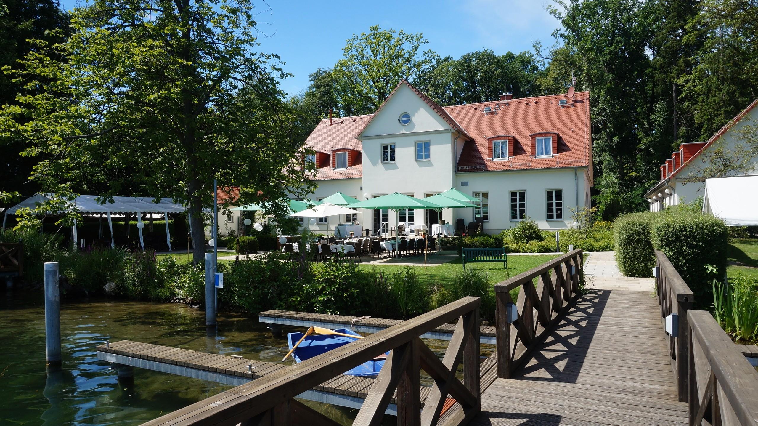 restaurant caf wildau hotel restaurant am werbellinsee barnimer land eichhorst. Black Bedroom Furniture Sets. Home Design Ideas