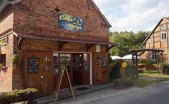 Café an der Spree, Foto: Jan Hoffmann