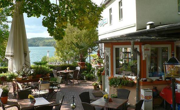 Restaurant und Café im Strandhotel Buckow, Foto: Kultur- und Tourismusamt Märkische Schweiz