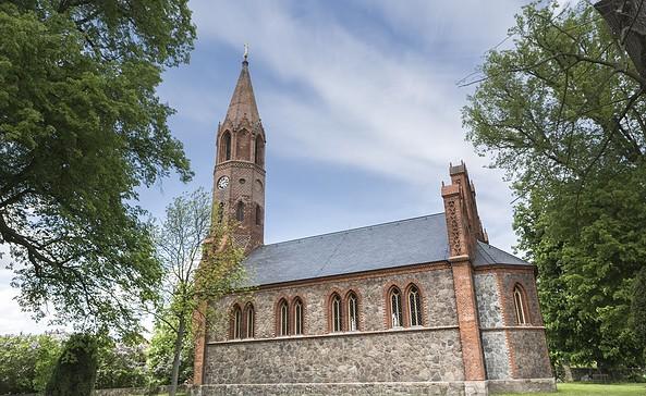 Dorfkirche Brodowin, Foto: TMB-Fotoarchiv/Steffen Lehmann