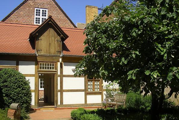 Jan Bouman Haus - Wirtschaftsgebäude und Garten, Foto: Jan Bouman Haus