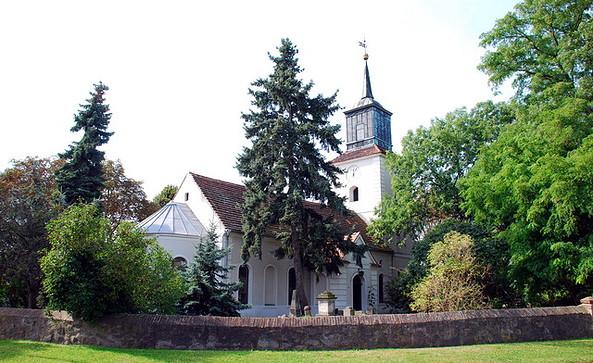 Kirche Stölln, Foto: Tourismusverband Havelland e.V.