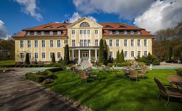 Schloss Wulkow, Foto: Tourismusverband Seenland Oder-Spree