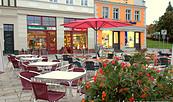 "Terrasse vor dem Eiscafé, Foto: Eiscafé Venezia ""Piazza"""