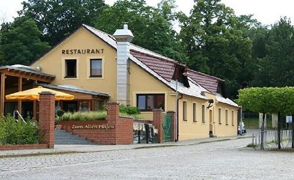 """Gaststätte """"Zum Alten Hafen"""" © Fotolia.com"""