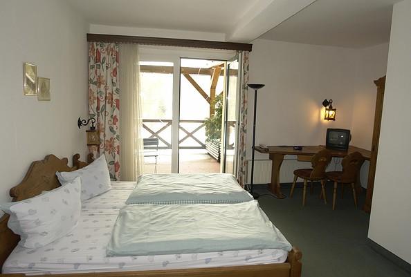 """Zimmer im Hotel Jägerheim, Foto: Hotel & Restaurant am Liepnitzsee """"Jägerheim"""""""
