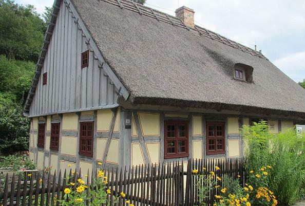 Strohhaus Neuzelle, Foto: TMB-Fotoarchiv/H.Walter