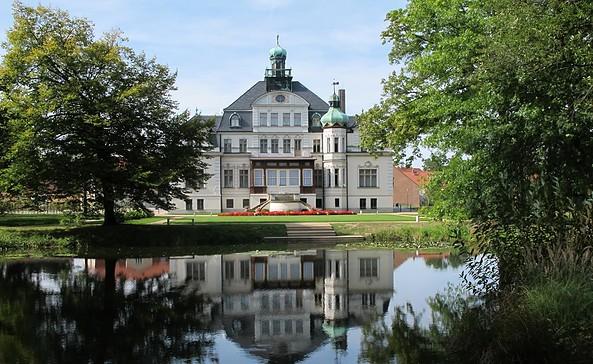 Schloss und Park Uebigau. Foto: Parkaktiv