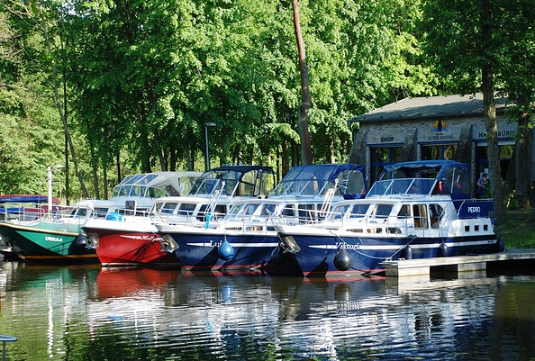Bootsverleih Marina Alter Hafen © Brehm & Presch Marina GbR