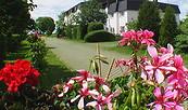 Blick aufs Landhotel, Foto: Landhotel Trampe