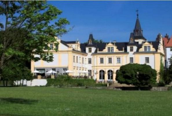 Parkansicht Schloss & Gut Liebenberg, Foto: Schloss & Gut Liebenberg