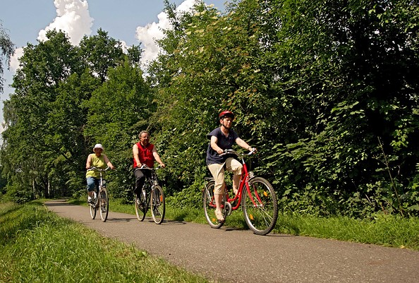 Radtour an der Schwarzen Elster, Foto: Tourismusverband Elbe-Elster-Land e.V.