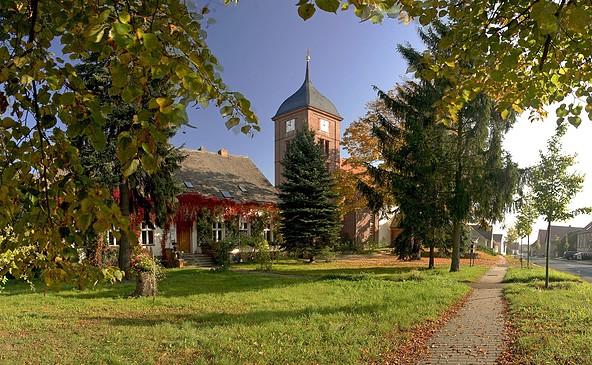 Kirche Atterwasch, Foto: Katharina Riedel