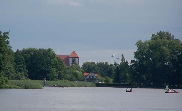 Blick vom Klempowsee auf Wusterhausen/Dosse, Foto: Elke Schmiele