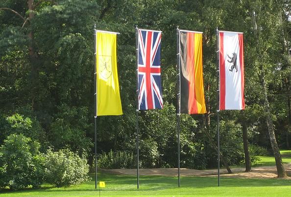 Fahnen auf dem Golfplatz Gatow, Foto: Berliner Golf Club Gatow e.V.