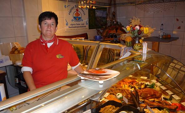 Fischfeinkostproduktion Suhr, Foto: Andrea Opitz