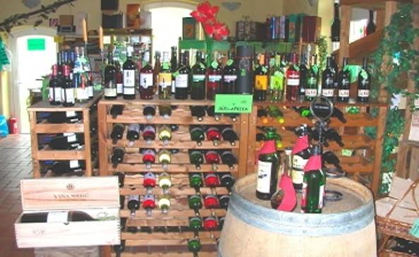 Weinauswahl in der Vinothek © Joachim Kaiser