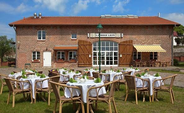Restaurant, Foto: Landhof Liepe, Frau Nooke