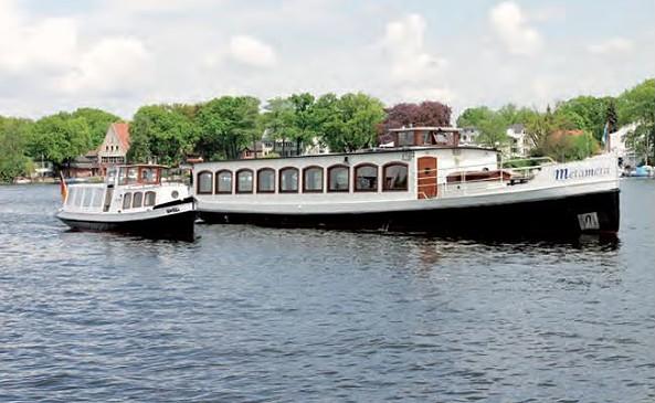 """Salonschiff """"Metamera"""" und Hafenbarkasse """"Ursel"""""""