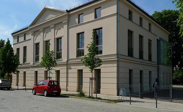 """""""KUNST-GESCHOSS"""" im Schützenhaus in Werder (Havel), Foto: KG"""