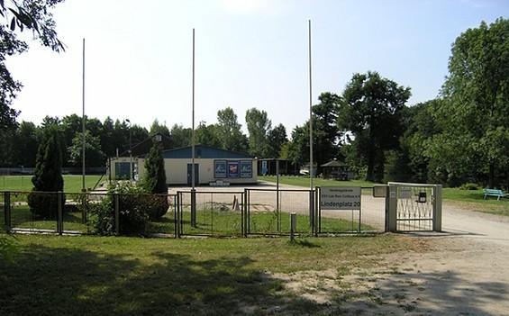 Wohnmobilstellplatz des ESV Lok RAW Cottbus e.V.