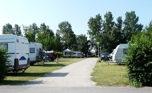 Wohnmobilstellplatz Flaeming Camping Oehna © H. Marufke