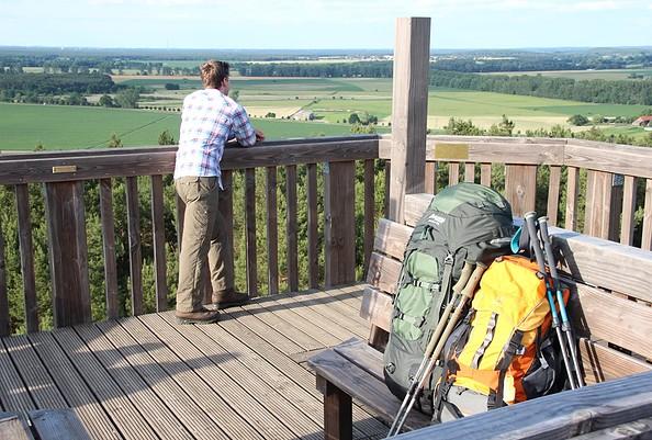 Auf dem Aussichtsturm auf dem Löwendorfer Berg, Foto: Tourismusverband Fläming e.V. / A. Stein