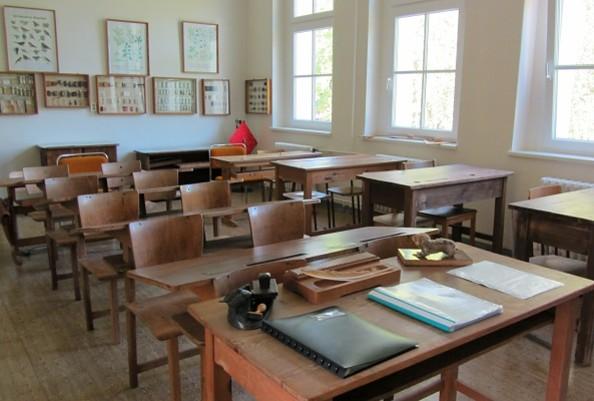 WaldKAuTZ Waldsieversdorf - Historisches Klassenzimmer
