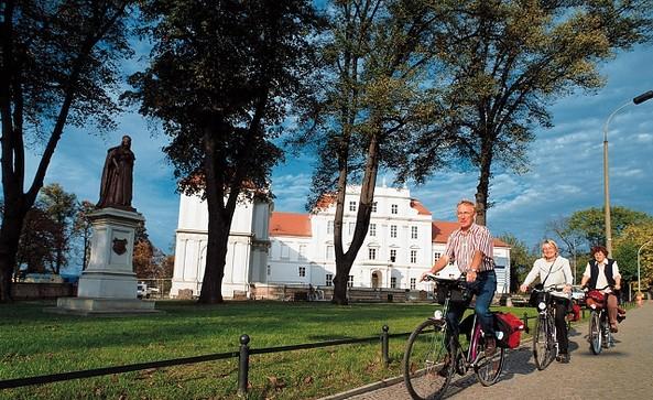 Löwenberger-Land-Radweg (38 km), Stadtschloss Oranienburg, Foto TMB/Werk 3