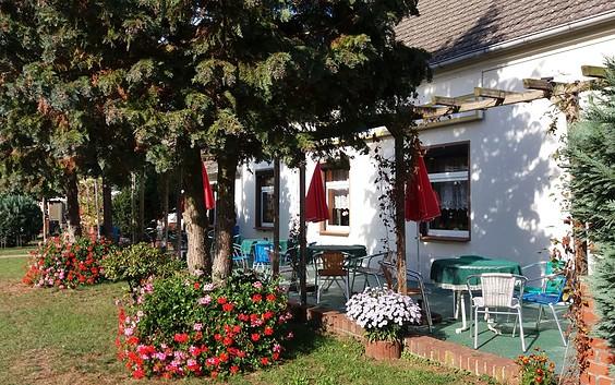 "Café & Restaurant ""Zum Kirschbaum"""
