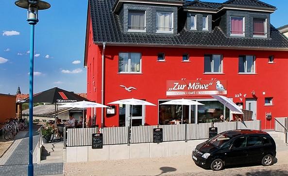 """Außenansicht Pension und Café """"Zur Möwe"""" Wittenberge"""