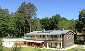 Yogahaus am Stechlinsee - Außenansicht, Foto: Angela Holtschmidt