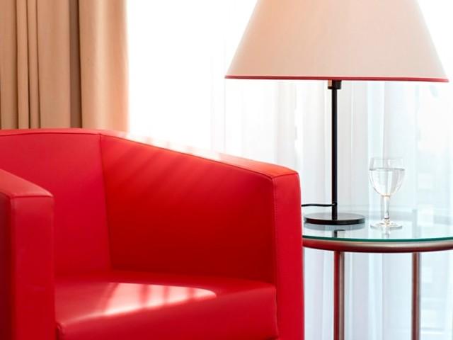 Zimmeransicht mit Sessel
