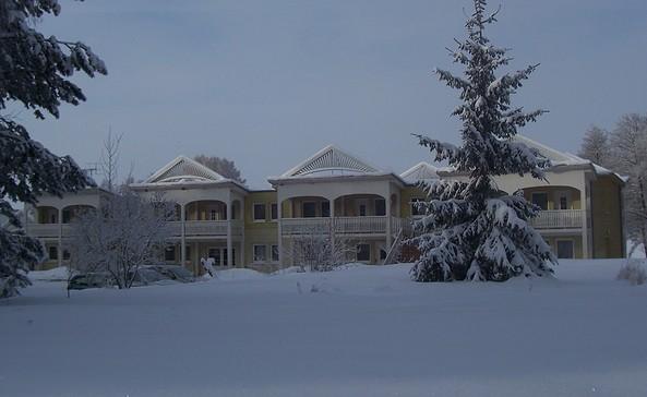 Panorama Hotel im Winter