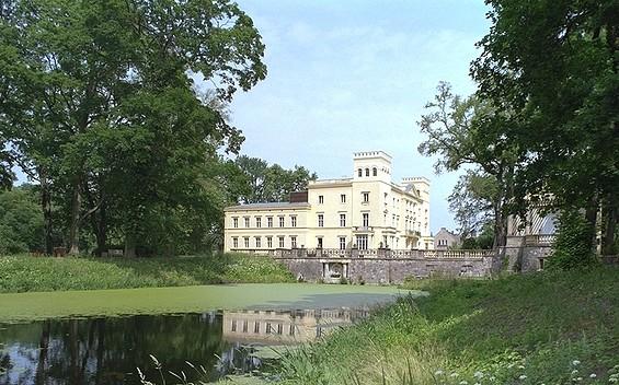 Schloss Steinhöfel Hotel GmbH