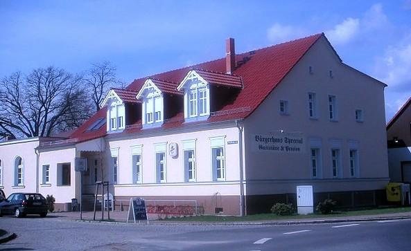 Aussenansicht Bürgerhaus Berkenbrück